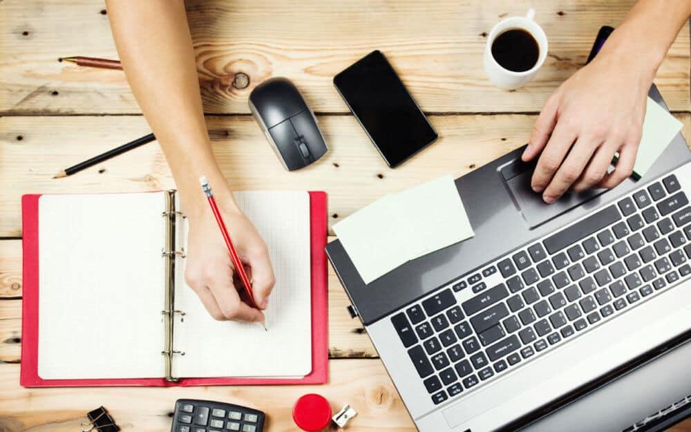 Suivez mon expérience et mes conseils pour démarrer votre activité / business en ligne à moindres frais